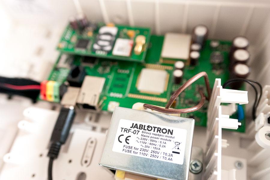 Centrale Jablotron modello JA-100K
