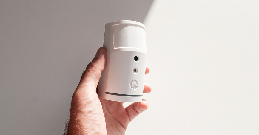 Rilevatore di movimento pir con fotocamera integrata della Jablotron